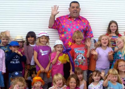 Childrens Entertainer Marli with a fab group of Kids at St Margret's near Dover